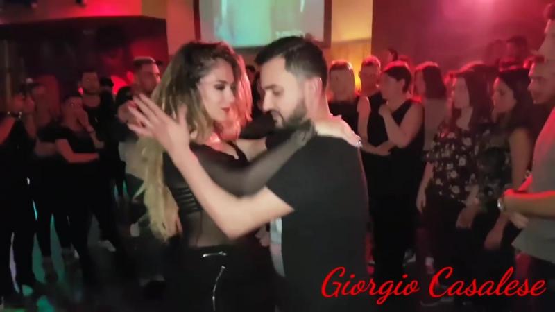 Daniel y Desirée - Bachata Social 4 - Barrio Latino 2017