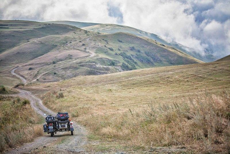ZkzF2foehoM - Путешествие по Грузии и Армении на «Урале» с коляской