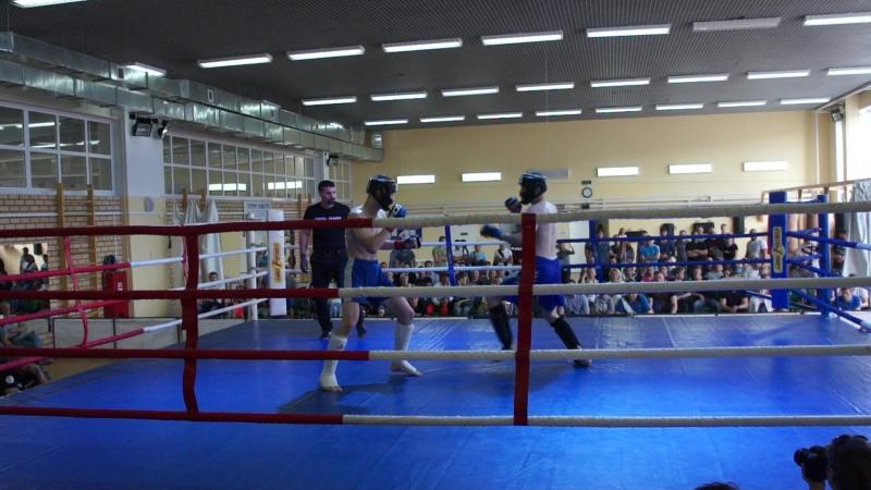 Козин Максим (Шквал, Киров) vs Чесноков Виталий (ММА-Север, Сыктывкар)