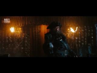 Джим Керри в роли Джека Воробья. Пираты Карибского моря