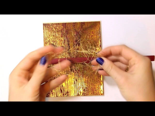 Открытка с фольгированным фоном (Tutorial: Christmas Card with Gold Foil Wood Grain background)
