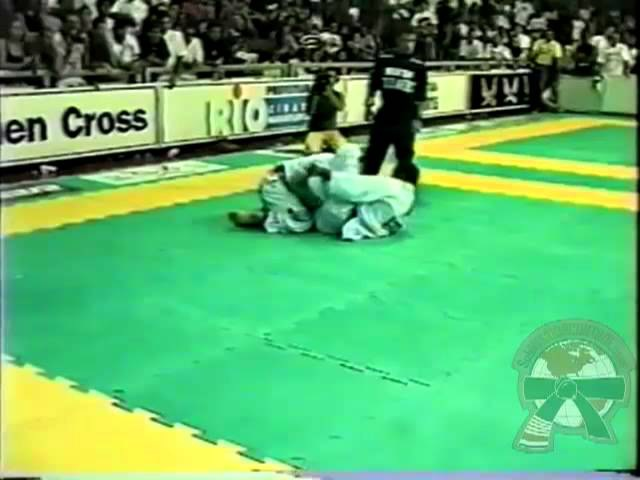 Saulo Ribeiro vs Fabio Gurgel Submission Control.mp4