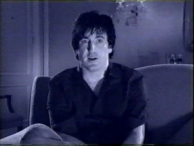 Trent Reznor talking about his favorite music videos and more...