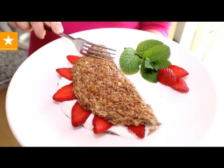 Готовим овсяные блинчики на завтрак :)
