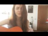 Мария Чайковская - Нитью (Девушка так нежно поет красивую песню)