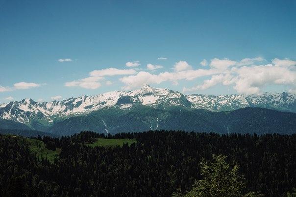Что я испытала, впервые увидев горы?Спокойствие.Я переезжала к морю
