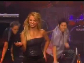 Britney Spears - (You Drive Me) Crazy + Interview (Live Jay Leno 1999)