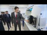 Президент КР ознакомился с работой системы изготовления биометрических электр ...