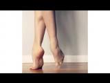 Танцующие пальцы ног.