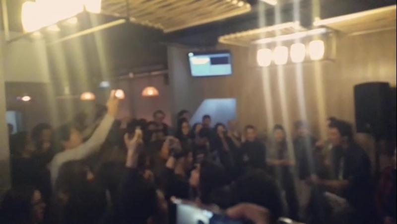 Трибьют в баре 《Hoxton》