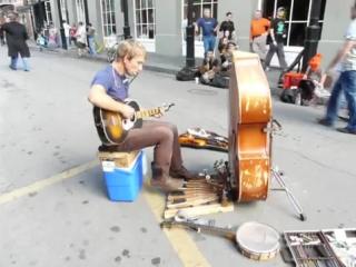Один из лучших уличных музыкантов, которых я видел