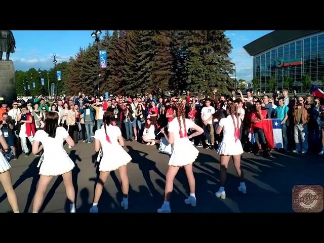 Кубок конфедераций 2017 Девушки барабанщицы · coub коуб