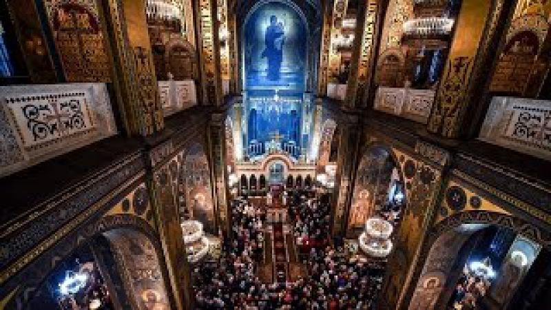 Великоднє богослужіння у Володимирському соборі