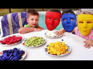 Bad Baby ВРЕДНЫЕ КОНФЕТЫ Lots of Candy Funny Video for kids Видео для Детей