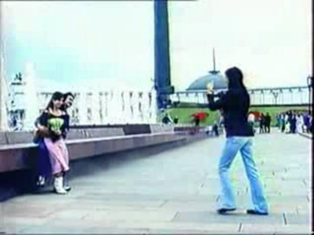 Рекламная заставка (ТВЦ, 2004-2006) Девушка-фотограф