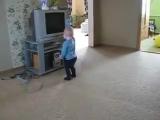 Малыш зажигает! Смешные танцы
