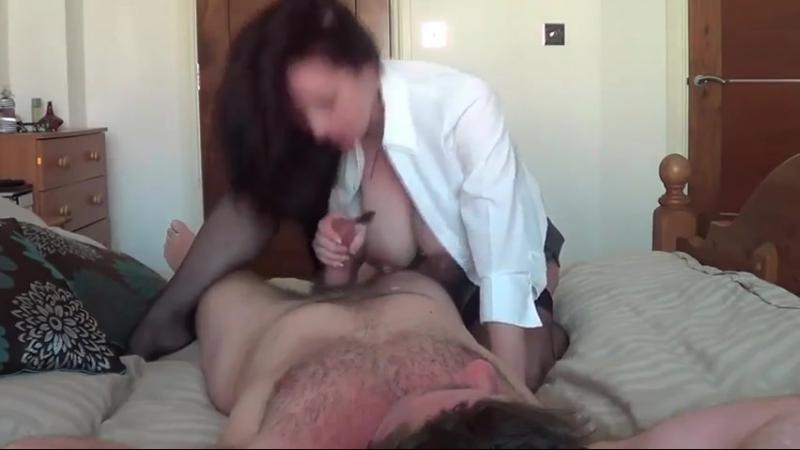 фото сыне скачет порно мамаша на собственном