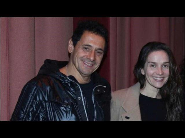 Natalia Oreiro y Ricardo Mollo salida de novios y noche de teatro