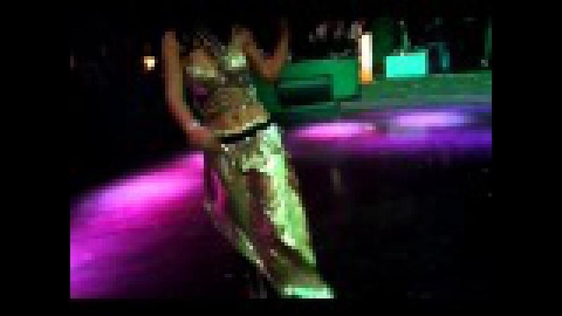 Danseuse Orientale - Mirage Club Renaissance Tlemcen