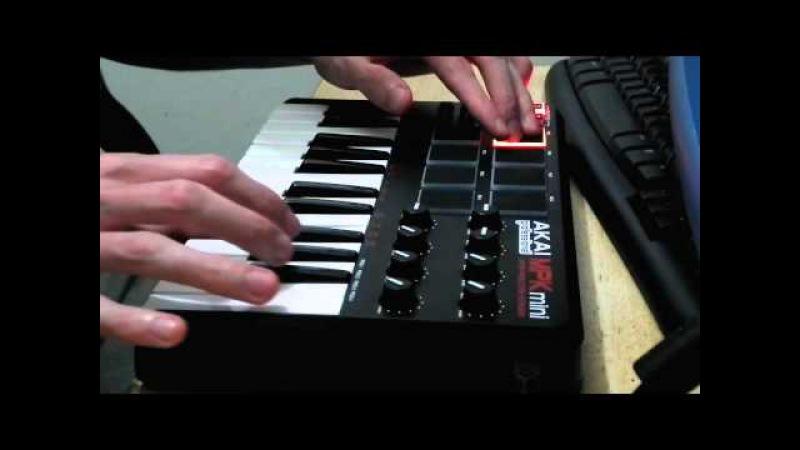 AKAI MPK Mini - Keys and pads testing
