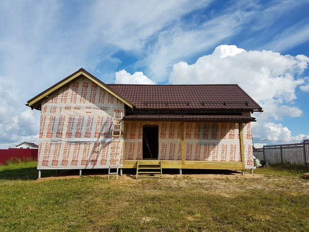Сдан дом #ультрасип_дятлицы 👍 Срок сборки составил 25 дней, из которых дожди