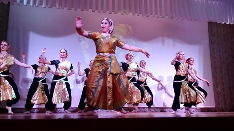 Концерт Назад в Индию1
