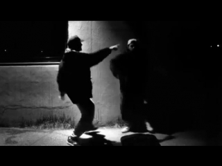 Jay and Silent Bob dance (Clerks 1994)