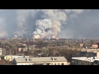 На Украине рванул крупнейший склад боеприпасов для артиллерии, момент детонации Точек У и Град ов