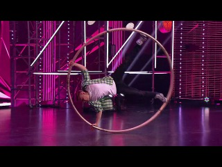 Танцы: Миша Левоцкий (Alekseev - Океанами Стали) (сезон 4, серия 4) из сериала Танцы смот...
