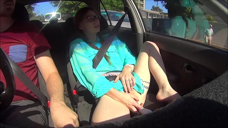 Kiamafrost Playing In Traffic (720p) Amateur, Teen, Public, Solo, Masturbation,