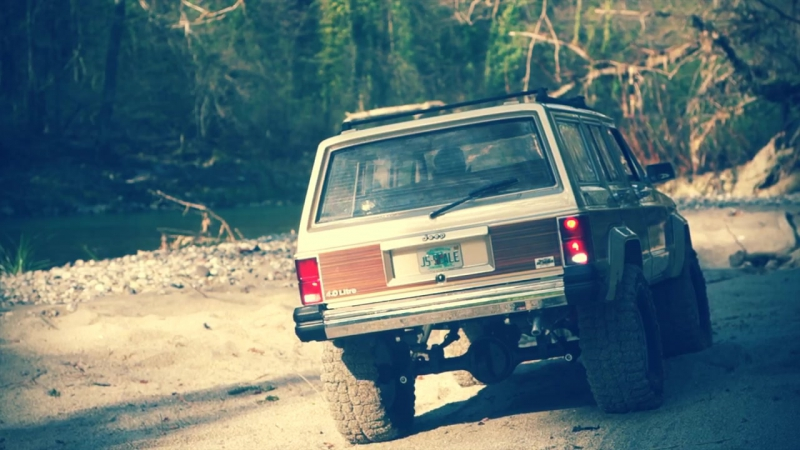 JS SCALE Jeep Cherokee XJ Wagoneer Vintage trail run with Harry Lime
