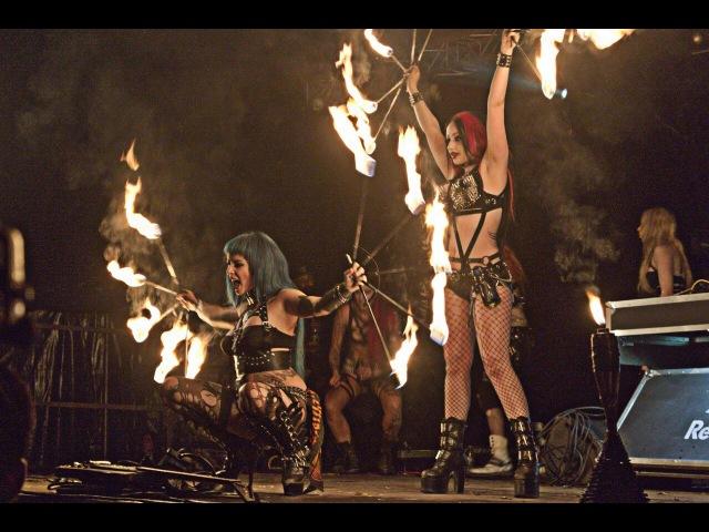 DANI DIVINE - PYROHEX HELLFEST 2015