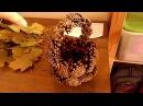 Поделка на тему Осень - корзинка из шишек, цветы из листьев дерева