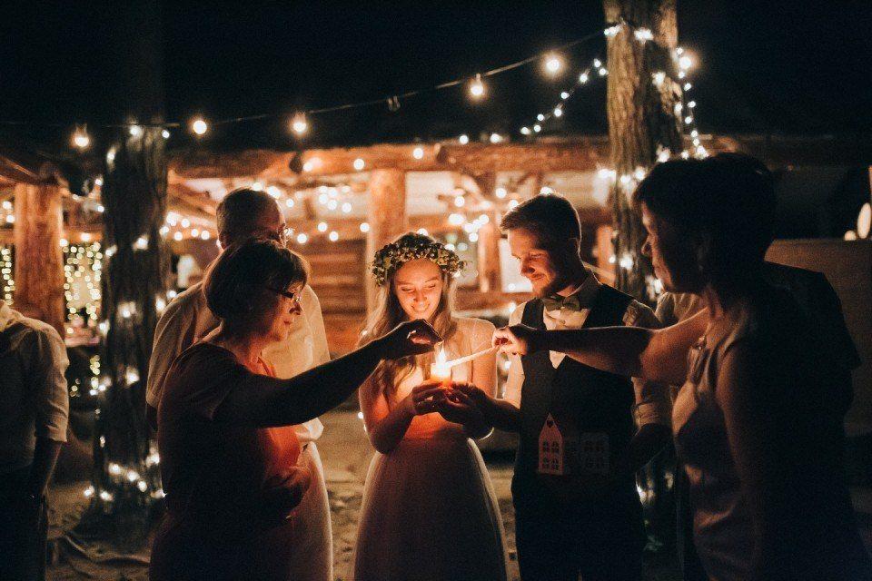 Традиция Зажжение семейного очага