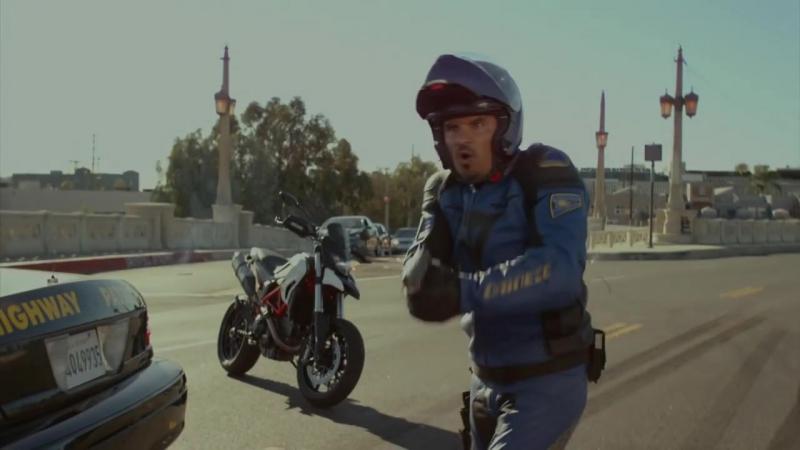 Калифорнийский дорожный патруль — Русский трейлер (2017)