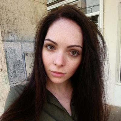 Анна Раевски