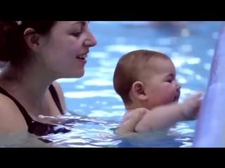 @club72451527 (Младенцы бесстрашно плавают, ныряют и чувствуют себя как рыба в воде)