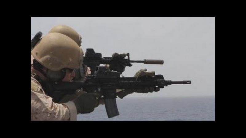 Автомат M16 и M4 с глушителем, пистолет M45 MEU(SOC) / Тренировочные стрельбы морпехов