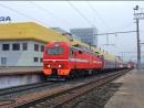 ЭП2К-082 с приветливой локомотивной бригадой с фирменным скорым поездом Дневной экспресс 109/110 Пенза - Самара