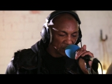 Tricky - When We Die ft Martina Topley Bird (6 Music Live Room)