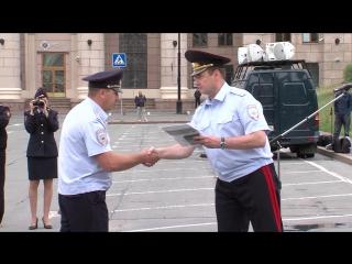 Начальник регионального полицейского Главка МВД Андрей Сергеев вручил новый служебный автотранспорт подразделениям органов внутр