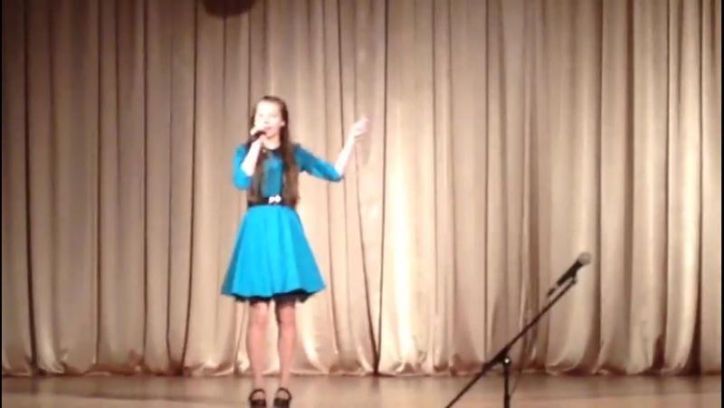Ученица по вокалу Юля Платонова.Лауреат Международного фестиваля Берега Надежды 2014