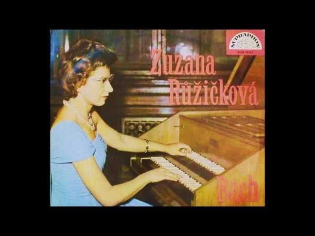 Zuzana Růžičková, J.S.Bach Harpsichord Concerto in E major 2.mov. Siciliano