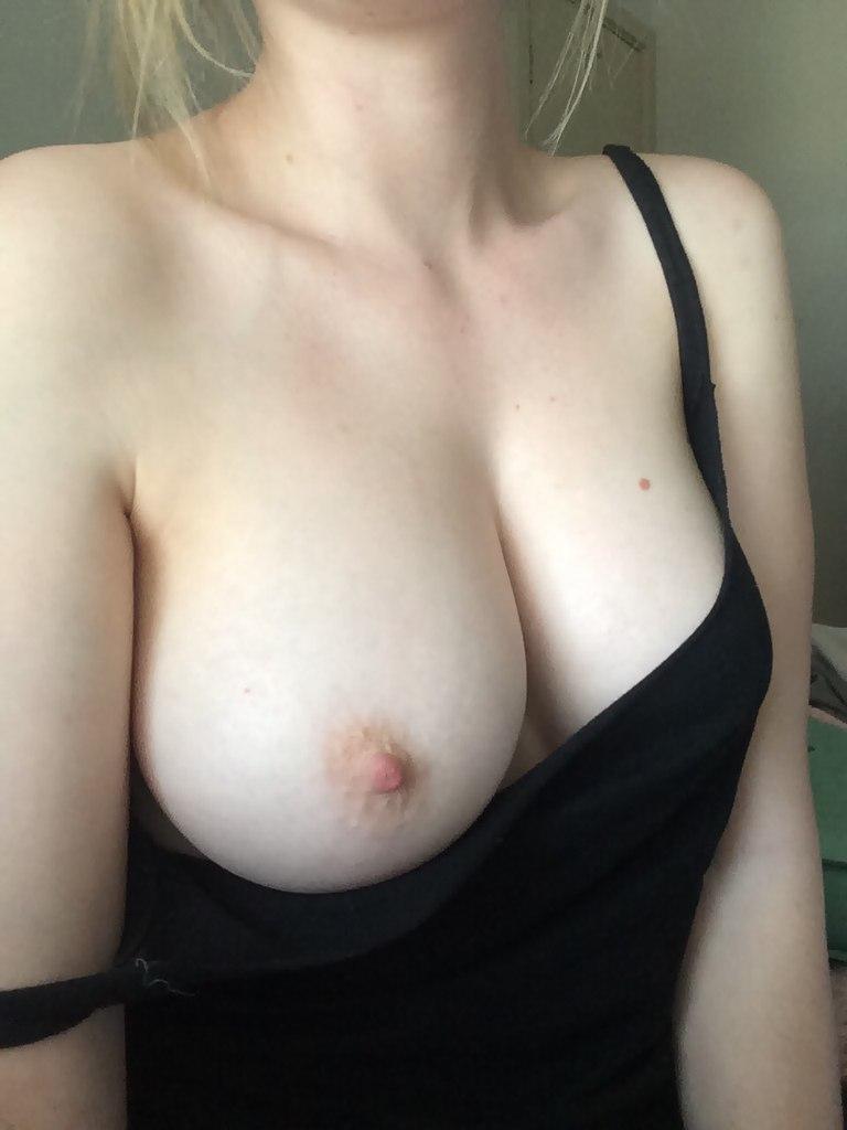 She loves cumming on my dick