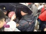 Задержание пожилой женщины на митинге 7.10.17