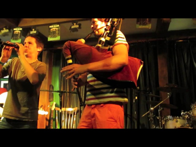 LORIENT 2013 - LE GOVIC / RANNOU Friends - Kas a-barh