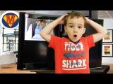 Опасным СПИНЕРОМ разбили Телевизор Вредные детки Летающий Spinner Bad kids broke the tv