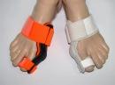 Мешает косточка на большом пальце ноги - поможет вальгусная шина или фиксатор большлго пальца - YouTube