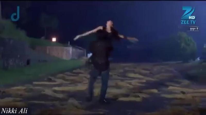танец Санам и Ахилла😍😍😘😘