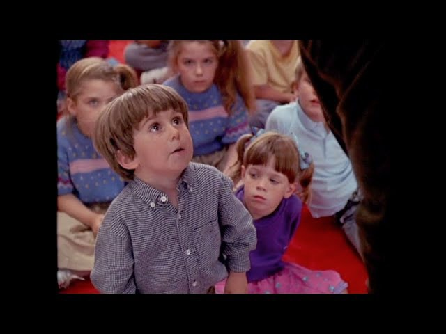Kindergarten Cop (1/5) Best Movie Quote - Boys Have A Penis, Girls Have a Vagina (1990)
